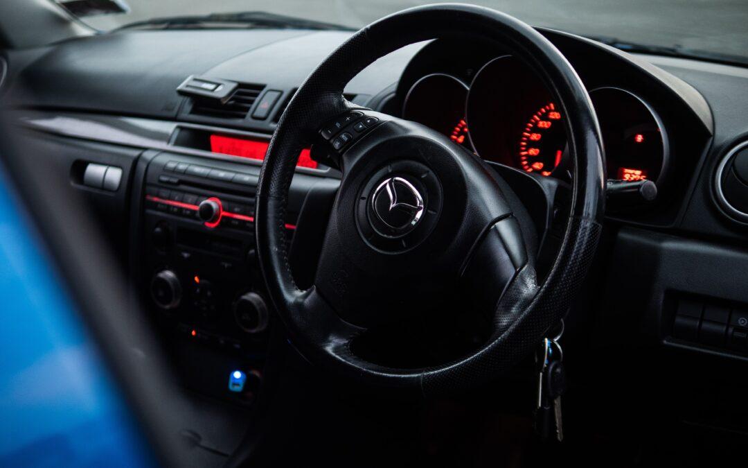 Mazda MX-5 – Cztery generacje kultowego samochodu